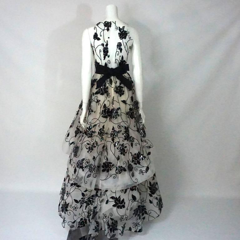 Oscar De La Renta Ivory Tulle Ball Gown W Black Sequin And Patent