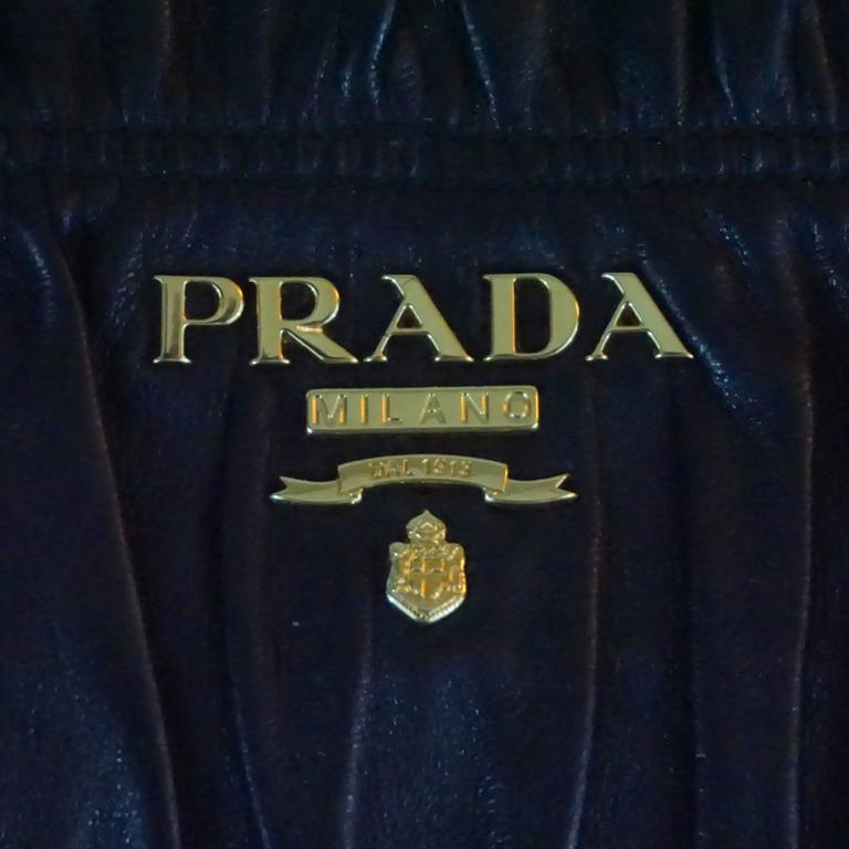 Women's or Men's Prada Black Ruched Lambskin Nappa Gaufre Clutch - GHW For Sale