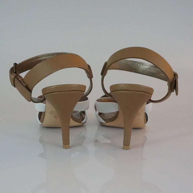 Lanvin Tan/White/Gold Strappy Leather Sandal - 37 In Excellent Condition For Sale In Palm Beach, FL