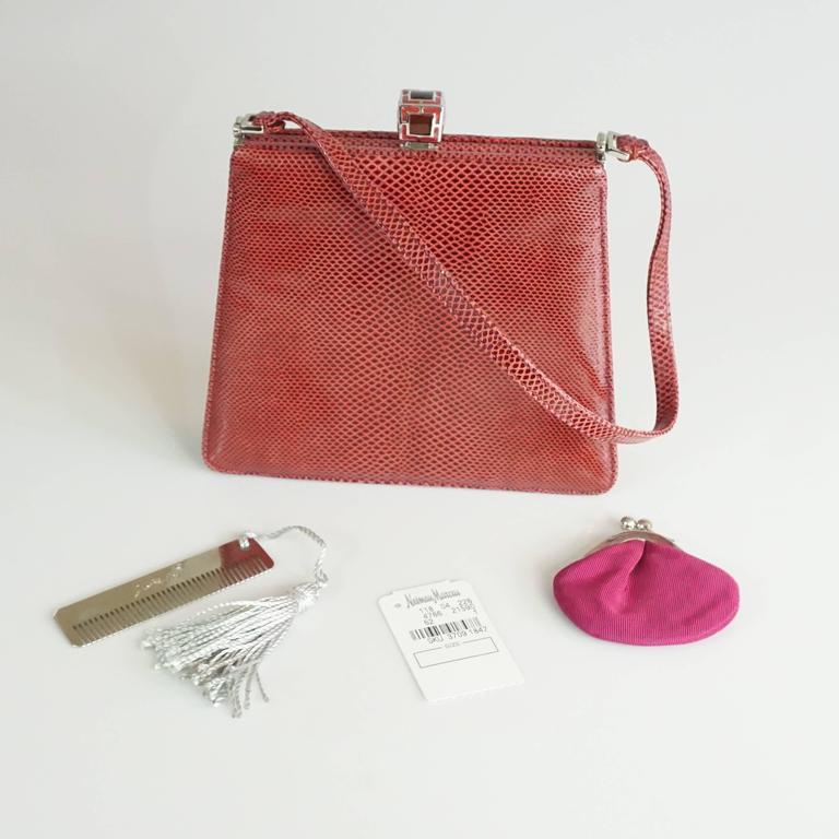 Judith Leiber Deep Red Lizard Top Handle Handbag - Shw MzCFbI