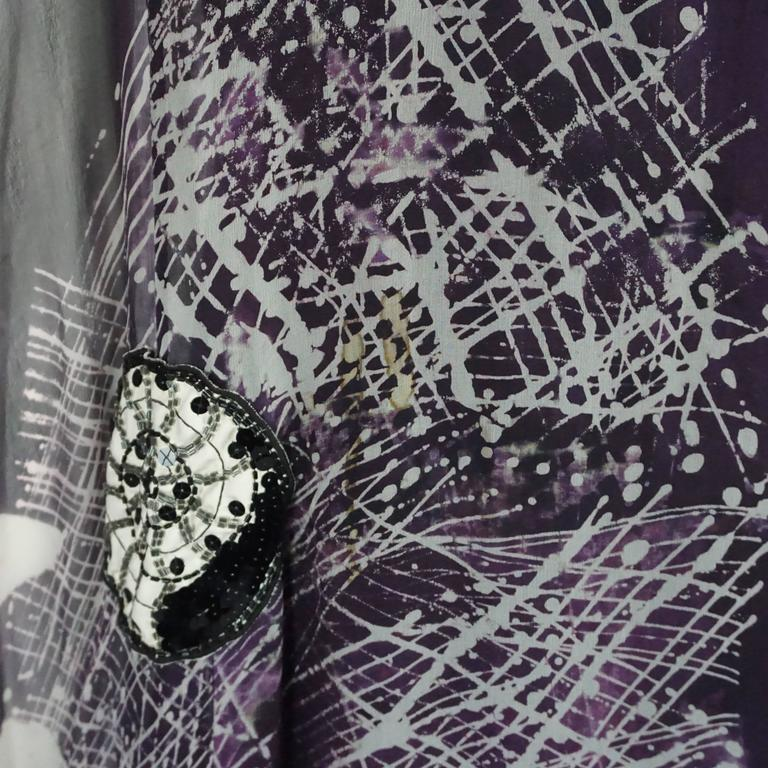 Thea Porter Eggplant & White Printed Silk Chiffon Seashell Caftan - OS - 1970's For Sale 2
