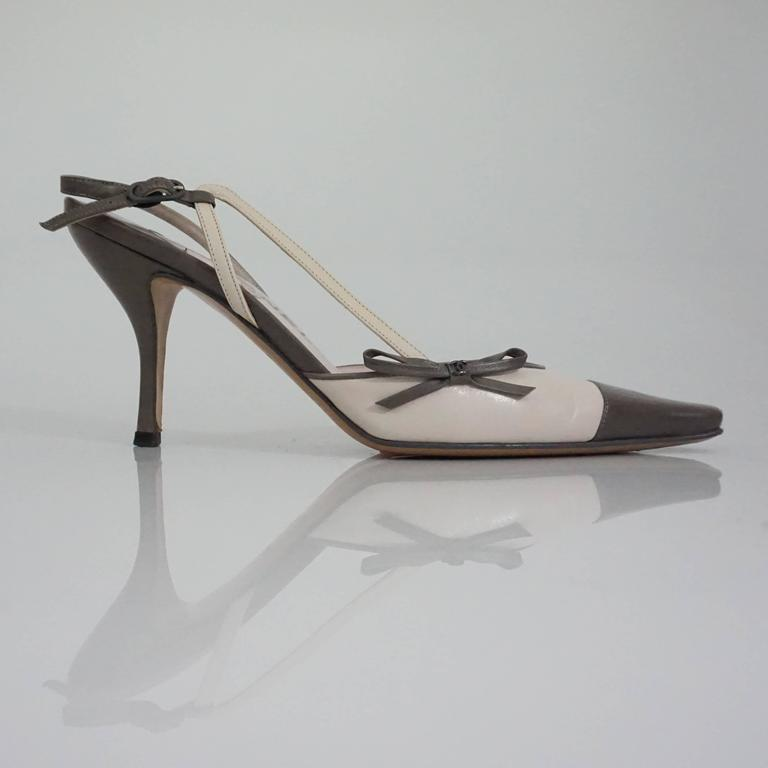 Chanel Creme and Taupe Slingback Heels - 37.5 2