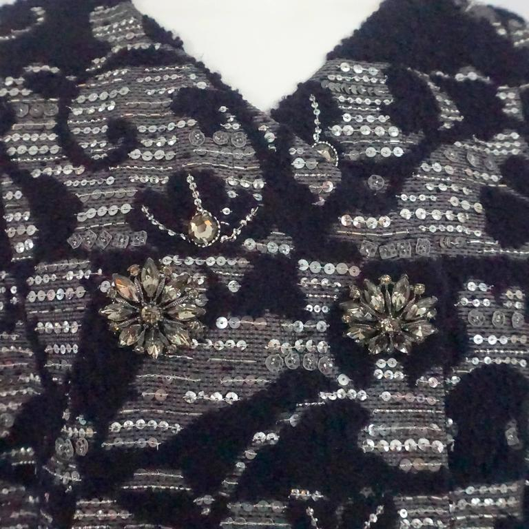 Oscar de la Renta Eggplant & Silver Tweed Jacket with Rhinestones - 10 In Excellent Condition For Sale In Palm Beach, FL