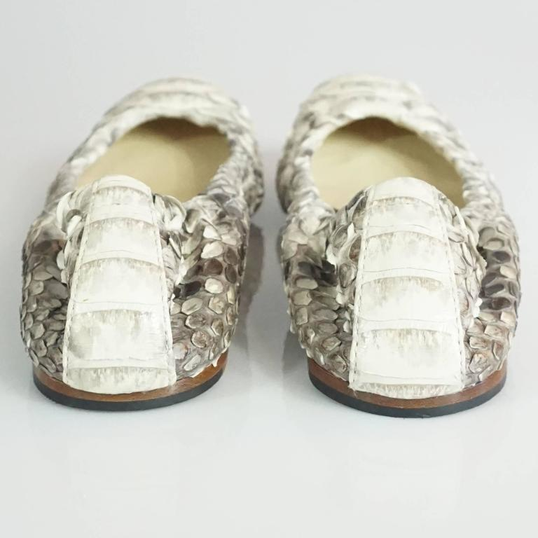 Alexandre Birman Ivory and Gray Python Flats - 36 In Good Condition For Sale In Palm Beach, FL