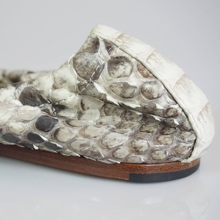 Alexandre Birman Ivory and Gray Python Flats - 36 For Sale 3