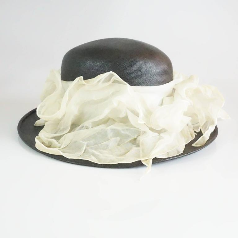 Suzanne Couture Millinery Black French Straw Hat w/ Ivory Silk Ruched Ribbon For Sale 4