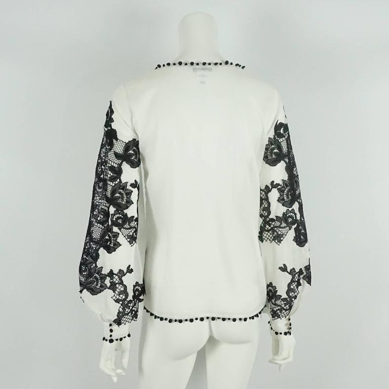 Oscar de la Renta White Cotton Peasant Top with Black Lace Detail - 2 3