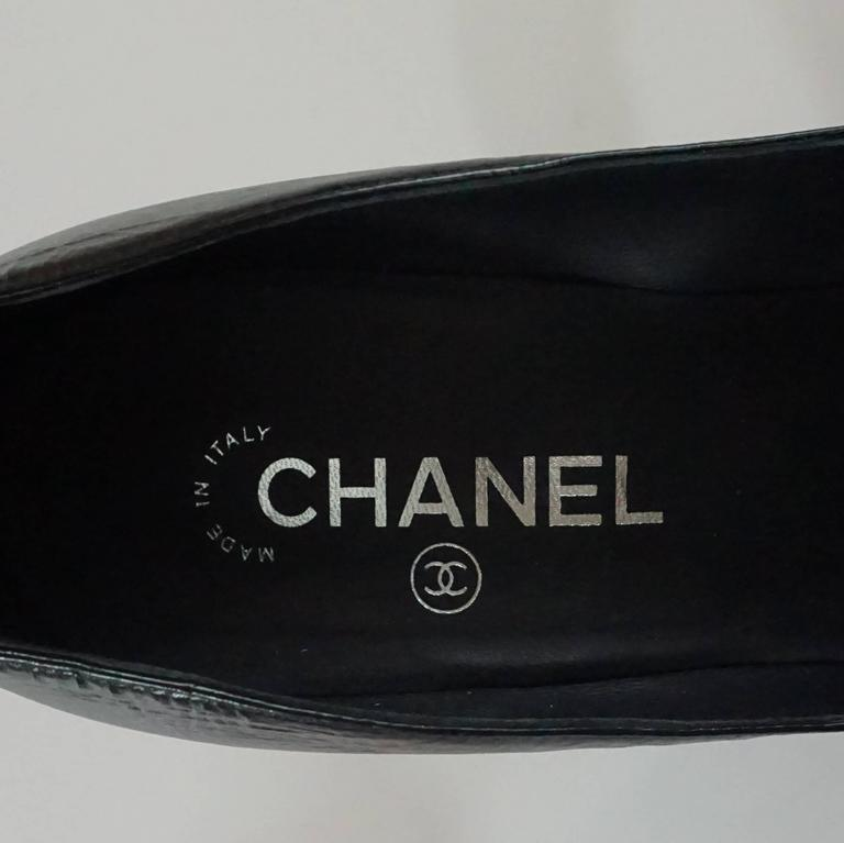 Chanel Black Leather and Patent Pump w/ Rope Knot Heel - 40.5 7