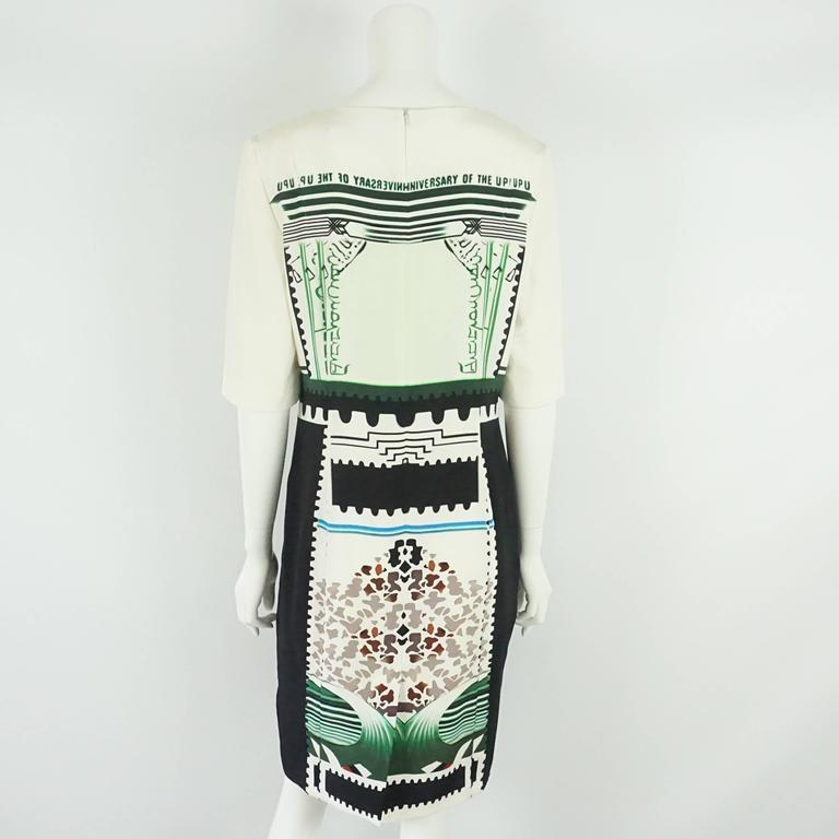Gray Mary Katrantzou Black and White Silk Printed Shift Dress - 14 For Sale