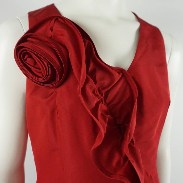 Women's Oscar de la Renta Red Silk Taffeta Dress with Rose Detail - 6 For Sale
