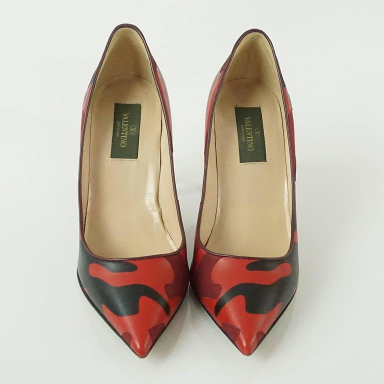 Brown Valentino Red and Black Camo Leather and Fabric Pumps - 36.5