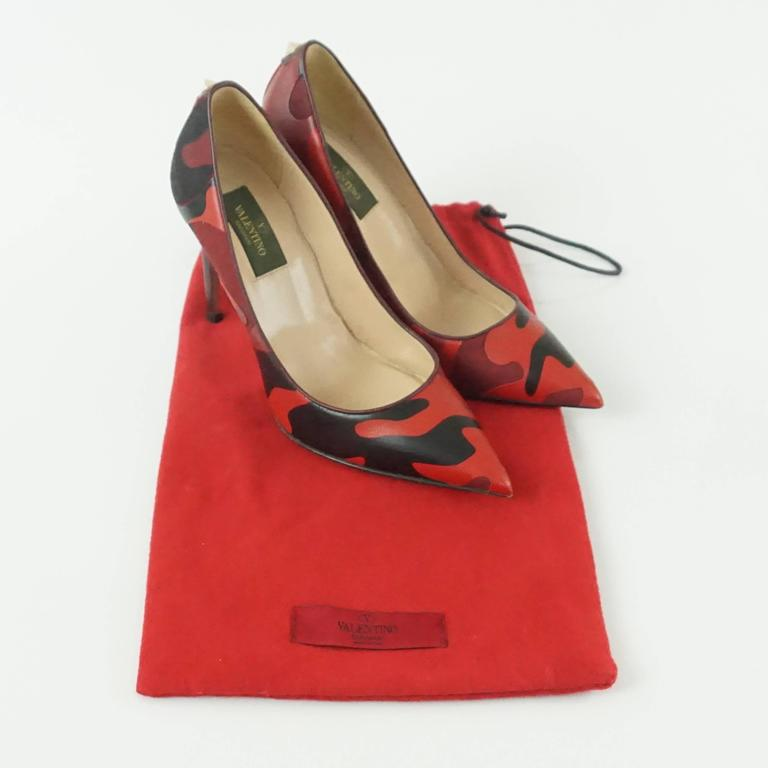 Valentino Red and Black Camo Leather and Fabric Pumps - 36.5 2