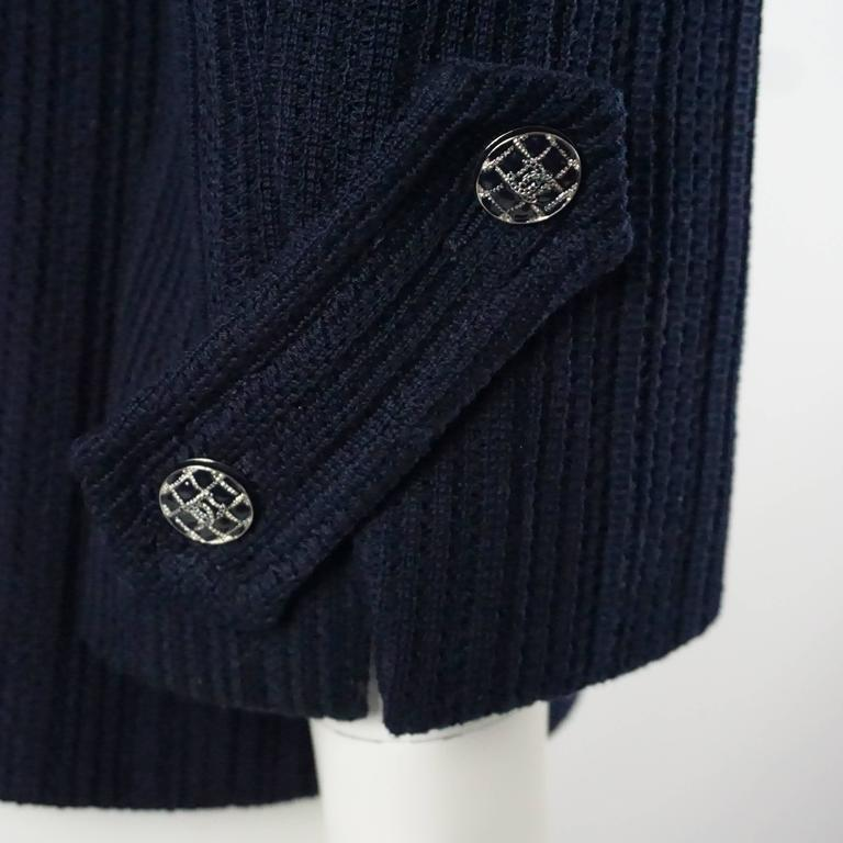 Women's Chanel Navy Cotton Jacket with Enamel Buttons - 42 For Sale