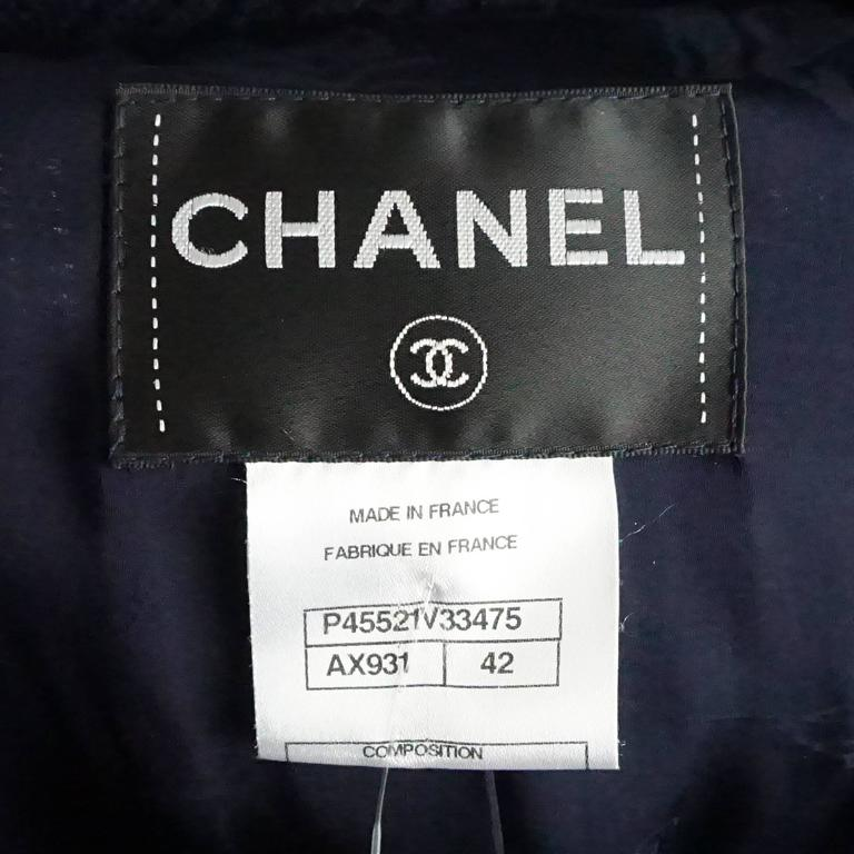 Chanel Navy Cotton Jacket with Enamel Buttons - 42 For Sale 1