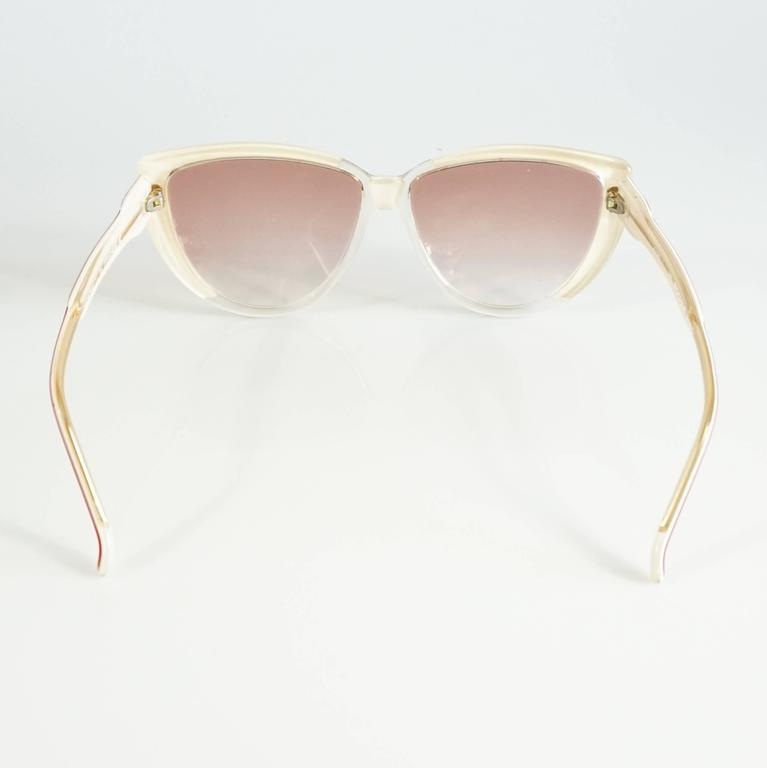 Rochas Red and White Lucite Cateye Sunglasses - 1970's  4