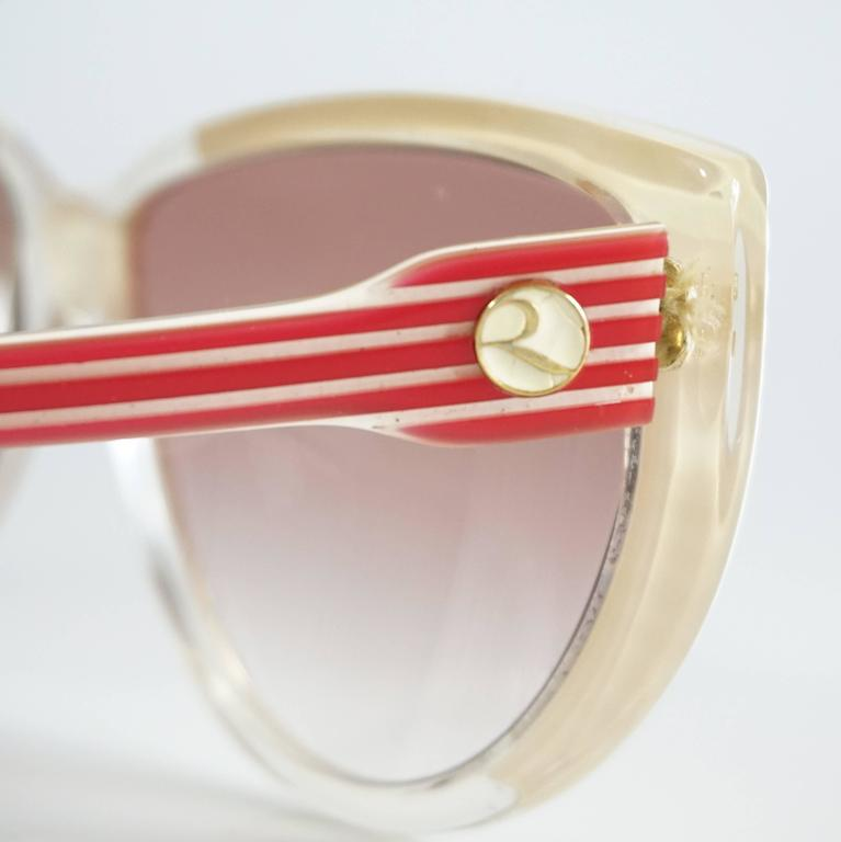 Rochas Red and White Lucite Cateye Sunglasses - 1970's  5