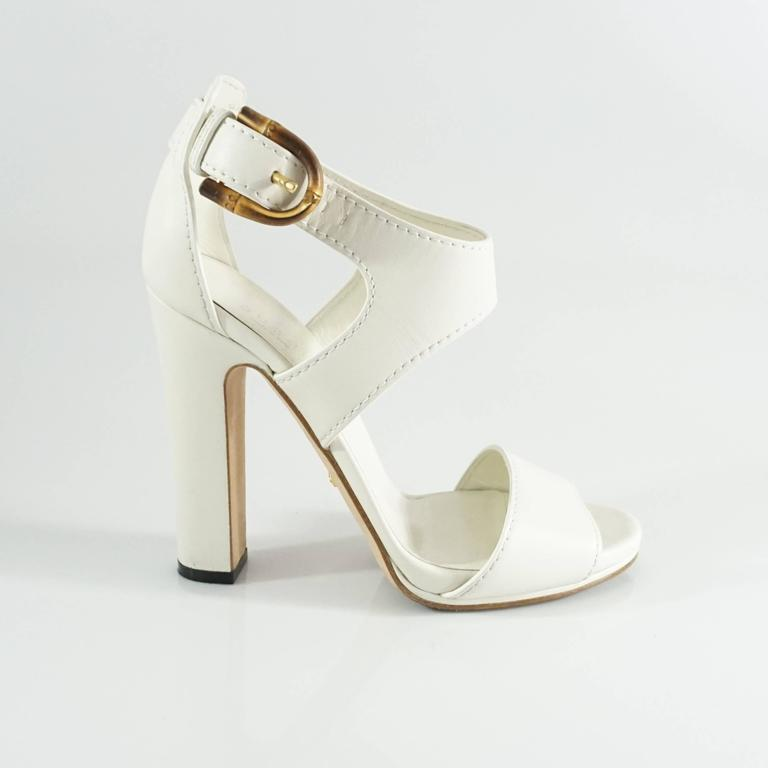 Gucci White Leather Strappy Heels with Bamboo Buckle - 38 For Sale ...