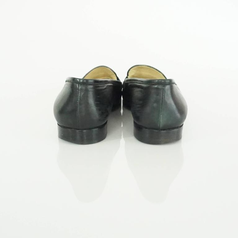 """Chanel Black Leather Loafers with """"CC"""" Turnkey Detail - 40 4"""