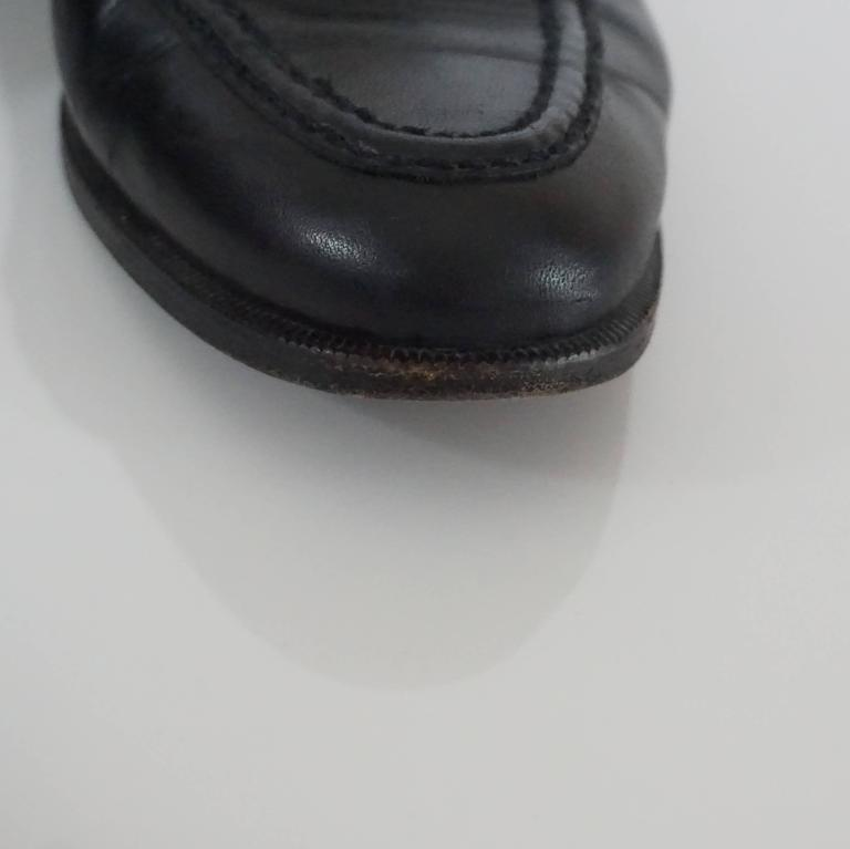 """Chanel Black Leather Loafers with """"CC"""" Turnkey Detail - 40 10"""