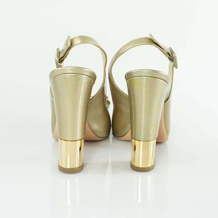 Women's Valentino Gold Patent Slingbacks with Bow and Chunky Heel - 36.5  For Sale