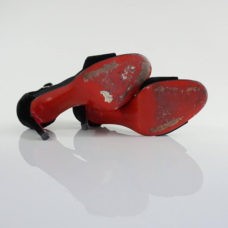 Christian Louboutin Black Velvet Sandals with Rhinestone Cluster - 36.5 For Sale 3