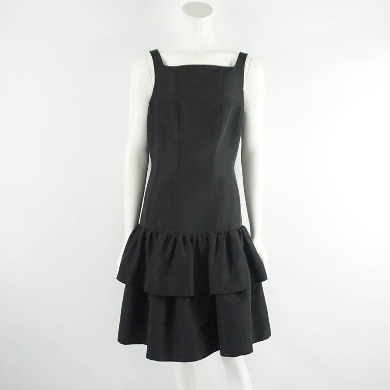 Women's Oscar de la Renta Black Taffeta Dress and Jacket with Sable Trim - 10 For Sale