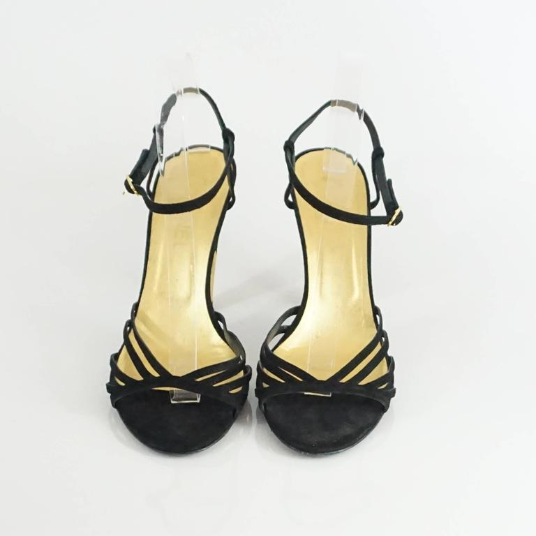 Chanel Black Suede Ankle Strap Heels - 40.5 In Excellent Condition For Sale In Palm Beach, FL