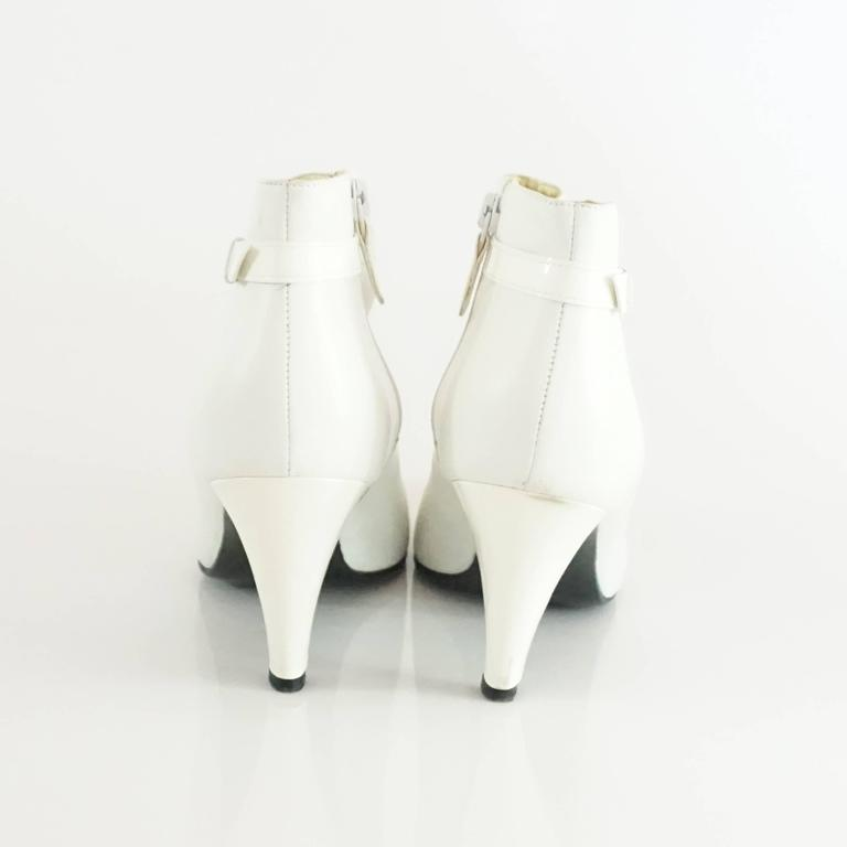 Women's Chanel White Lambskin and Patent Leather Ankle Boots - 39.5 For Sale