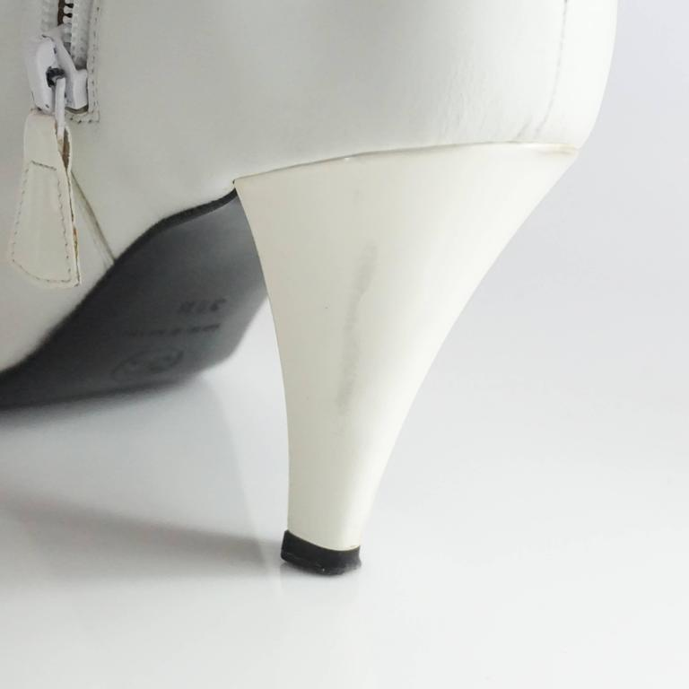 Chanel White Lambskin and Patent Leather Ankle Boots - 39.5 For Sale 6