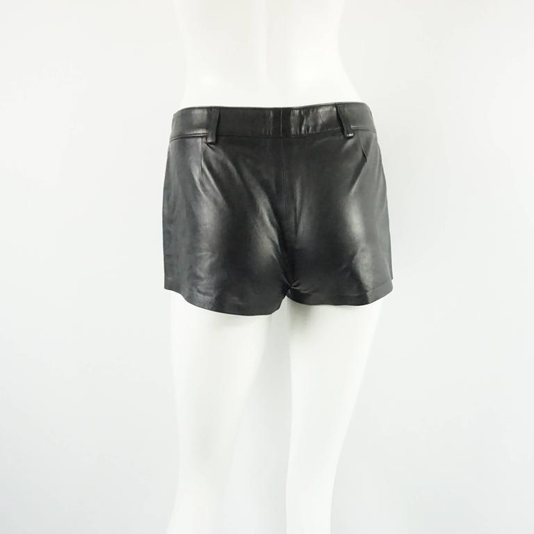 Ralph Lauren Collection Black Leather Shorts - 6 In Good Condition For Sale In Palm Beach, FL