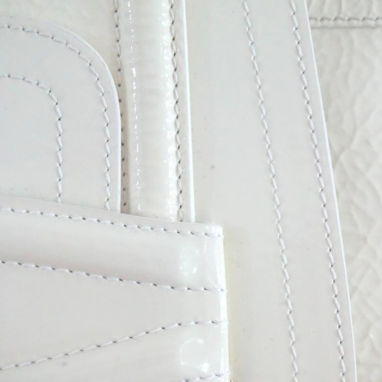 Oscar de la Renta Ivory Patent Leather Large Clutch  For Sale 3