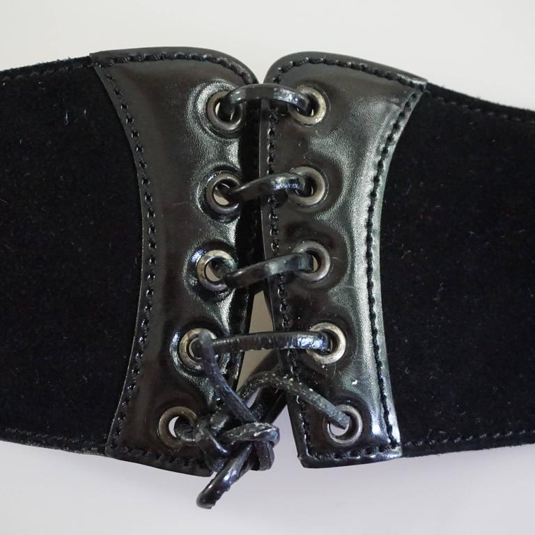 Alaia Black Suede and Patent Lace-Up Belt - 75 For Sale 5