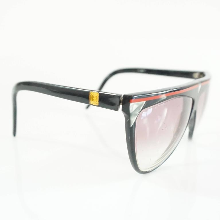 Beige Laura Biagiotti Black Sunglasses with Red Detailing For Sale