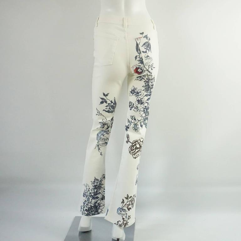 Gray Roberto Cavalli White and Multi Printed Jeans - S - NWT For Sale