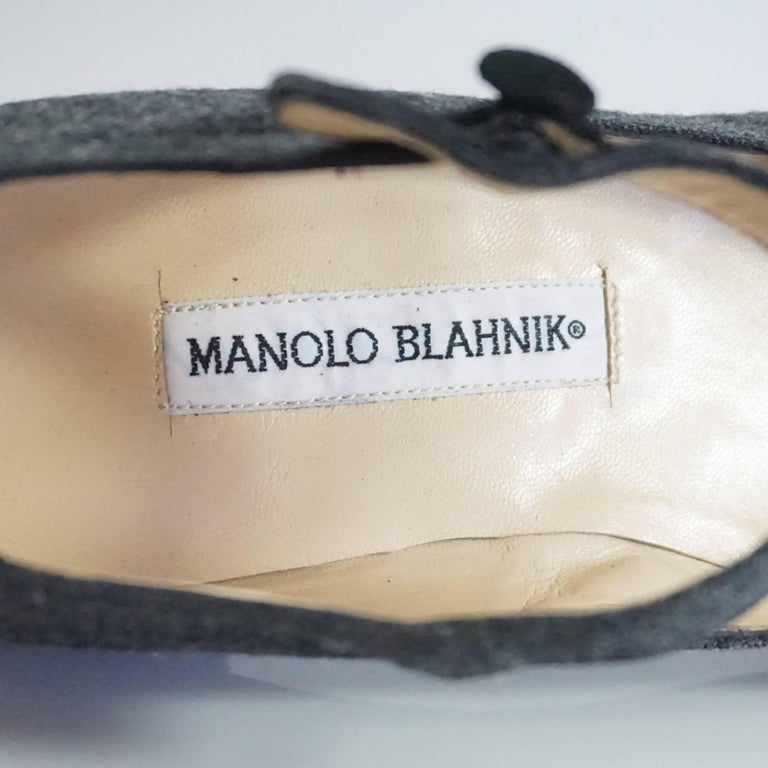 Manolo Blahnik Grey Wool and Black Suede Mary Jane Style Shoes-37.5 For Sale 2
