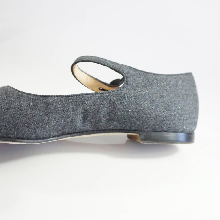 Manolo Blahnik Grey Wool and Black Suede Mary Jane Style Shoes-37.5 For Sale 3