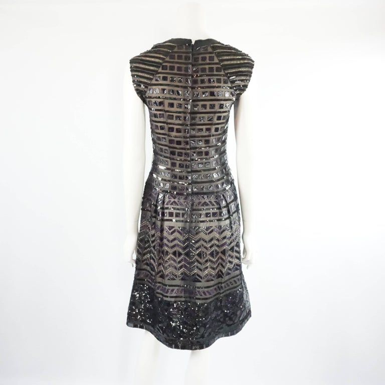 Oscar de la Renta Black and Brown Sequin and Leather Applique Dress - M In Excellent Condition For Sale In Palm Beach, FL