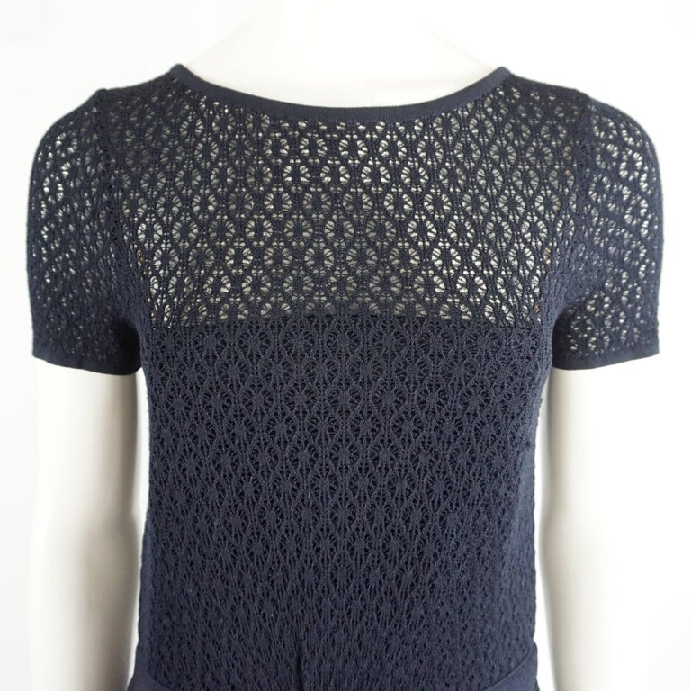 Oscar de la Renta Navy Knit Short Sleeve Dress - L In Excellent Condition For Sale In Palm Beach, FL