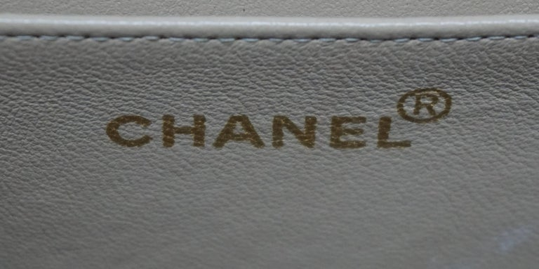 Women's Chanel Gold Fabric Maxi Single Flap Handbag - GHW - Early 90's For Sale