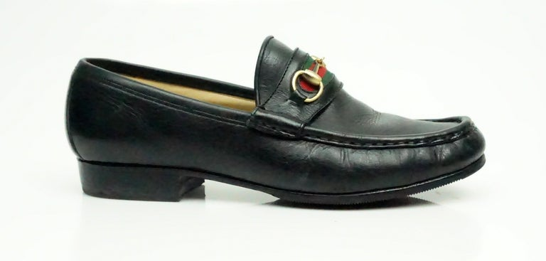 5514f009127 Gucci VIntage Black Leather Loafer w  Red and Green Stripe - 6 This vintage  Gucci