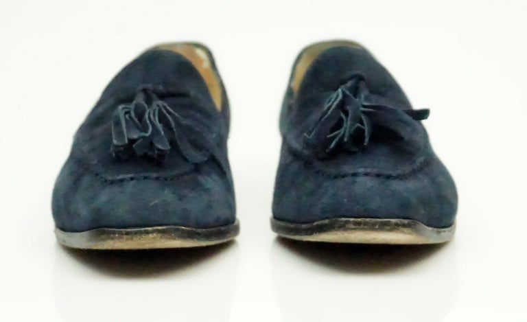 Gucci Vintage Navy Suede Tassel Loafer - 6 In Good Condition For Sale In Palm Beach, FL