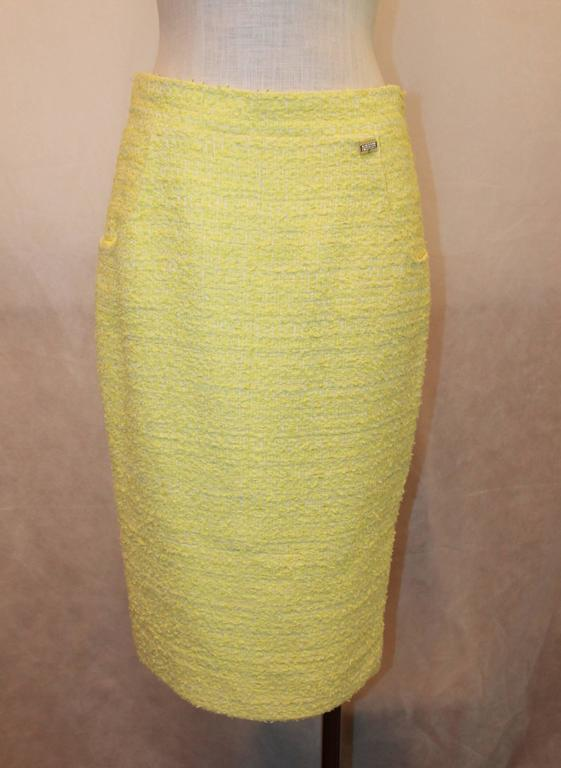 Chanel Yellow & Lime Tweed Skirt with 2 Pockets - 40 2