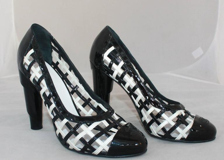 Chanel Black & White Patent Crisscross Pumps w/ Black Toe - 40.5 For Sale 1
