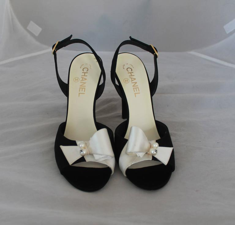 Chanel Black & Ivory Satin Open-Toe Sling Back Sandals w/ Front Bow - 40 2