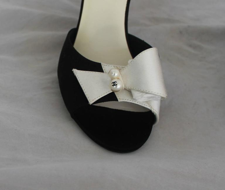 Chanel Black & Ivory Satin Open-Toe Sling Back Sandals w/ Front Bow - 40 3