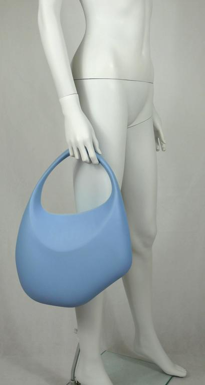Thierry Mugler Vintage Iconic Bubble Rubber Handbag Rare Ice Blue Color In Excellent Condition For Sale In French Riviera, Cote d'Azur