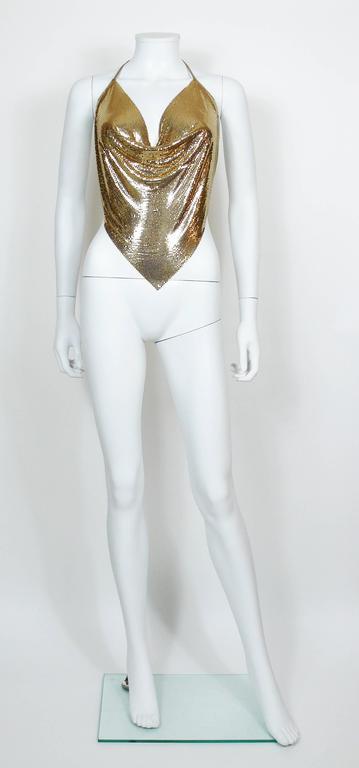 Diamant Noir Paris Vintage 1980s Disco Gold Metal Mesh Halter Top In Excellent Condition For Sale In French Riviera, FR