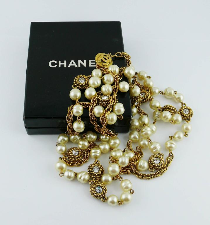Chanel Vintage 1980s Classic Pearl and Crystal Sautoir Necklace 5