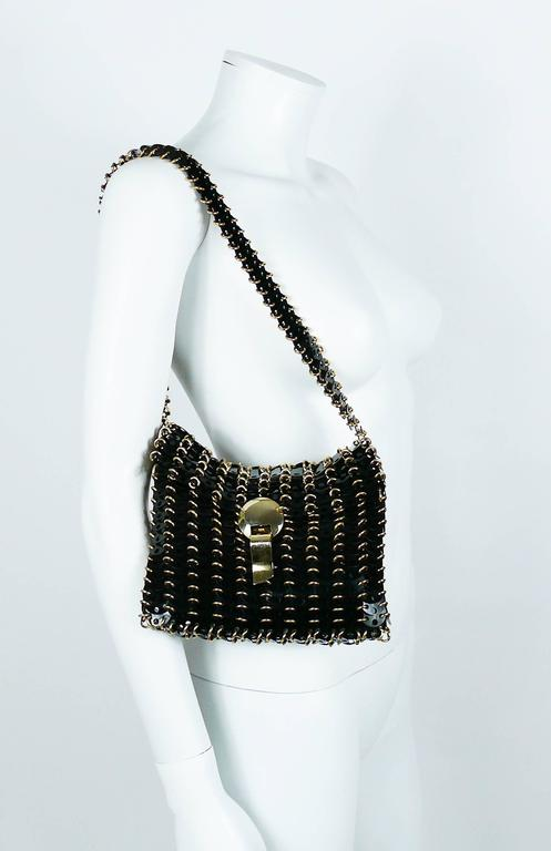Paco Rabanne Vintage Black Discs with Gold Toned Hardware Bag In Excellent Condition For Sale In Nice, FR