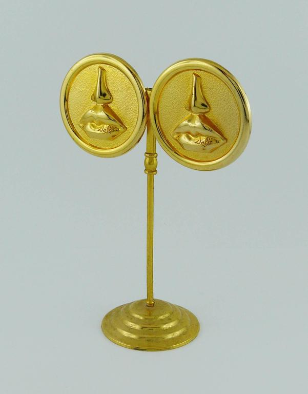 Salvador Dali Parfums Vintage Massive Mouth and Nose Clip-On Earrings For Sale 1